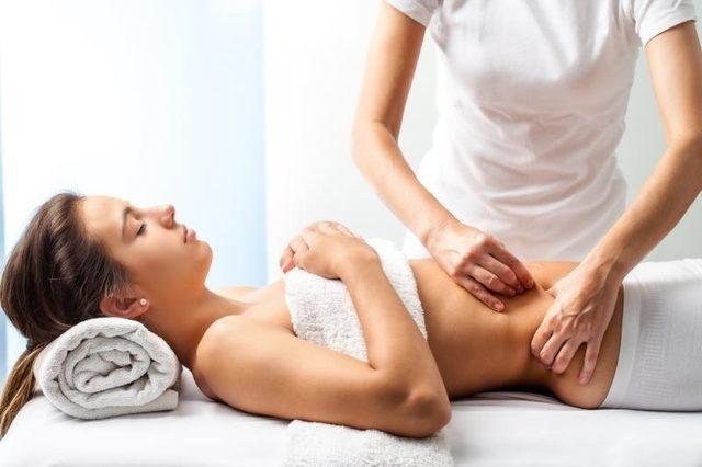 Cách massage bụng 2 phút cải thiện hệ tiêu hóa ai cũng có thể thực hiện-1