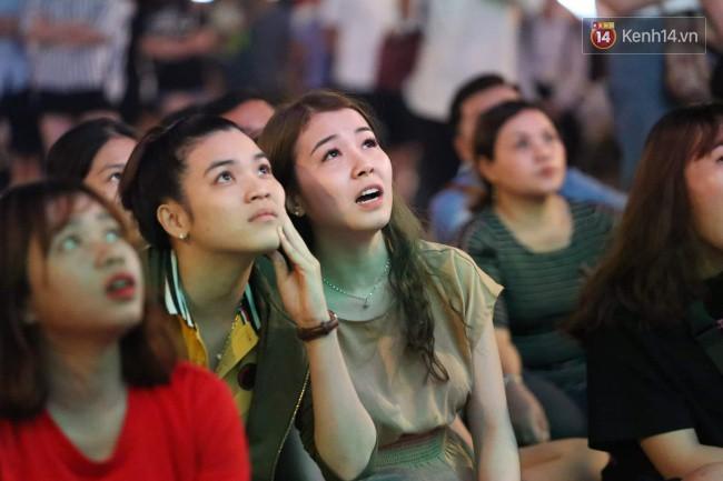 Hàng ngàn CĐV tiếp lửa cho đội tuyển Việt Nam đối đầu Iraq-13