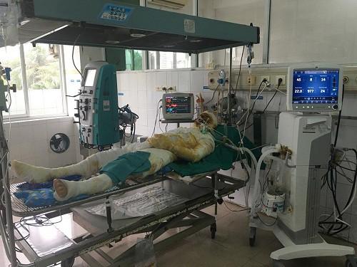 Cụ ông tử vong vì sốc nặng sau khi chữa bỏng ở lang vườn-1