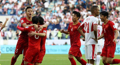 Loạt đá phạt luân lưu 11 m đưa Việt Nam vào tứ kết Asian Cup