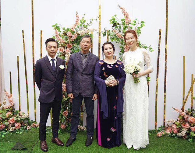 Không phải xanh hay đỏ, trắng mới là gam màu được nhiều mỹ nhân lựa chọn trong ngày cưới-1
