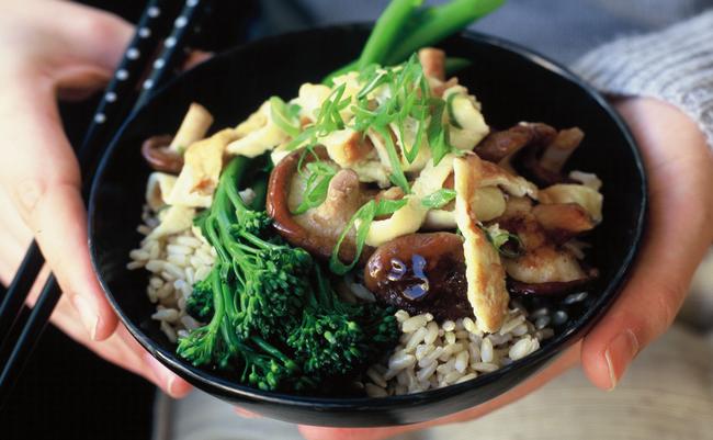 Cẩn trọng những thực phẩm chứa nhiều hóa chất được ăn nhiều vào dịp Tết, làm thế nào để ăn an toàn?-5