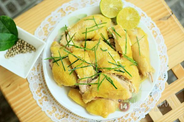 Chuyên gia Đông y bật mí cách dùng thịt gà trị mất ngủ dịp Tết, giúp cả năm khỏe mạnh-1