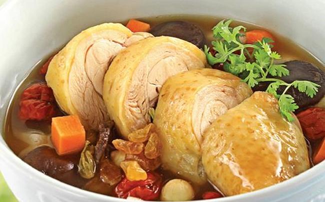Chuyên gia Đông y bật mí cách dùng thịt gà trị mất ngủ dịp Tết, giúp cả năm khỏe mạnh-3