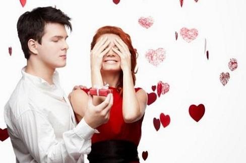 Hãy yêu nhau suốt 365 ngày đừng chỉ yêu mỗi ngày Valentine
