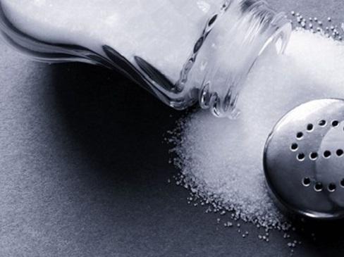 Mẹo cắt giảm lượng muối trong chế độ ăn