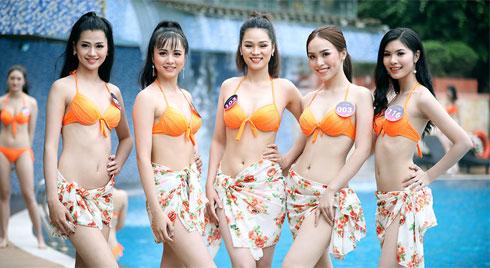 Các thí sinh Người đẹp Kinh Bắc trình diễn bốc lửa với bikini