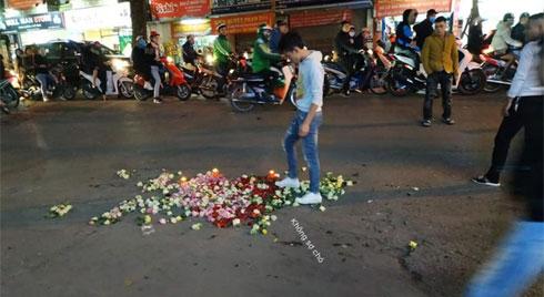 Dùng cả nến và hoa để tỏ tình nhưng bị từ chối