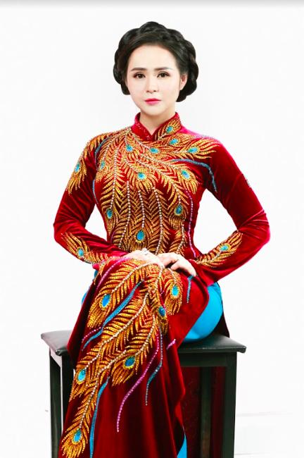 Nữ hoàng hoa hồng Bùi Thanh Hương đồng hành BGK Quốc tế của Queen of The Spa 2019-9