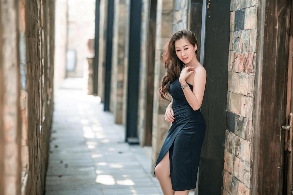 Bất ngờ với nét quyến rũ, gợi cảm của thí sinh Miss U30 qua bộ ảnh đăng kí dự thi-1