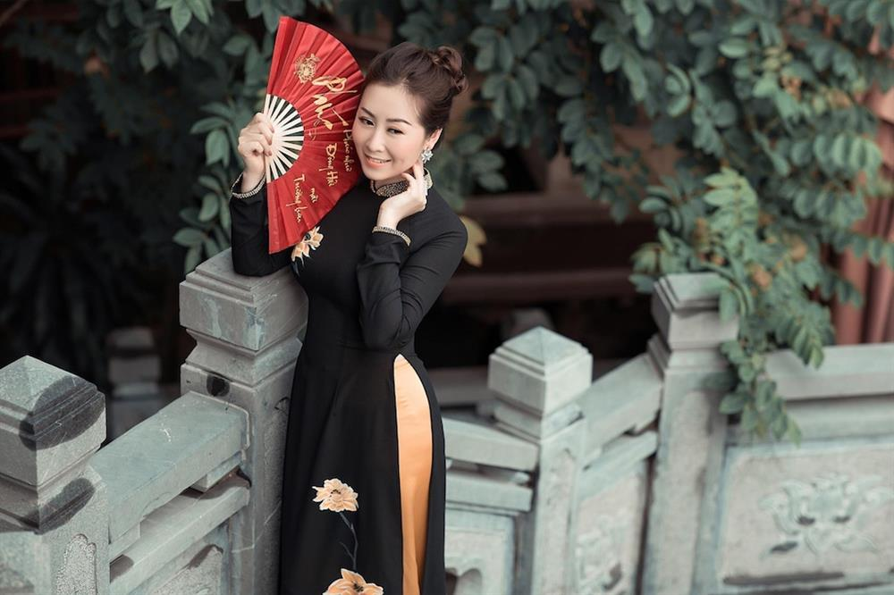 Bất ngờ với nét quyến rũ, gợi cảm của thí sinh Miss U30 qua bộ ảnh đăng kí dự thi-9