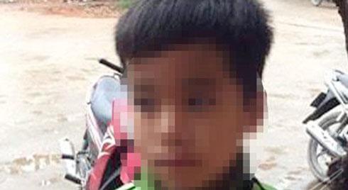 Bố đánh con trai 8 tuổi bị phạt 1 triệu đồng