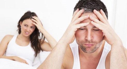 """6 nguy cơ xấu nam giới phải đối mặt khi nhịn """"yêu"""" quá lâu"""