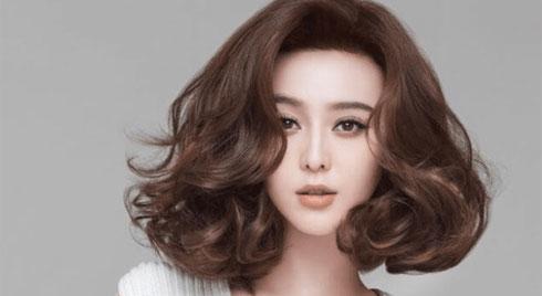 Kiểu tóc ngắn ngang vai đẹp, trẻ trung dẫn đầu xu hướng tóc năm 2019