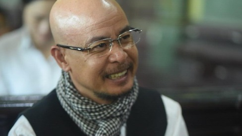 Giữa phiên tòa ly hôn, Đặng Lê Nguyên Vũ chỉ trích vợ: 'Nói lời nào cũng chạm đáy nỗi đau'