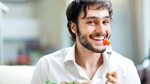 Các quý ông đã biết mình nên ăn gì để có nhiều tinh trùng chưa?