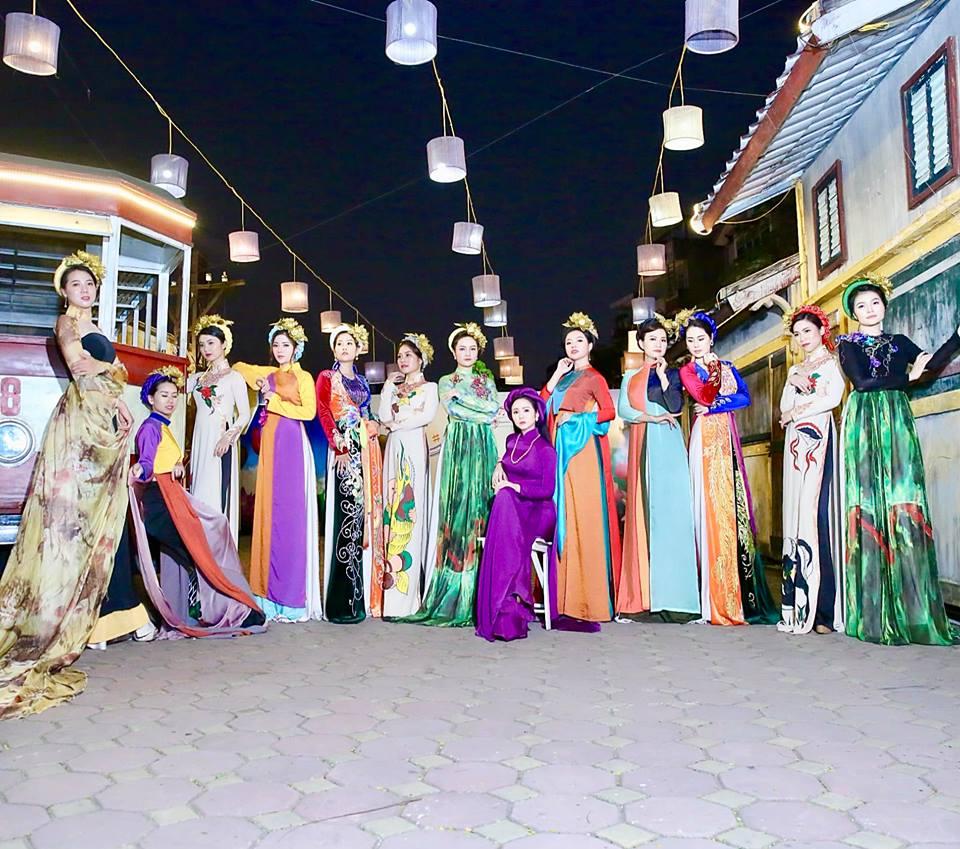 Ngắm trọn BST Như cánh vạc bay của Nữ hoàng hoa hồng Bùi Thanh Hương trong đêm nhạc Trịnh Công Sơn-4