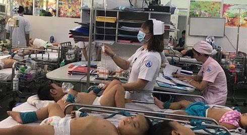 Nắng nóng, trẻ thường mắc bệnh gì?