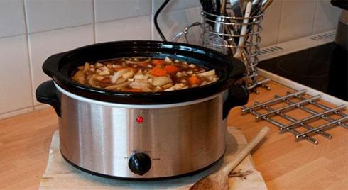 Cặp đôi bị ngộ độc vì mắc sai lầm khi nấu loại thực phẩm nhiều gia đình đều ăn
