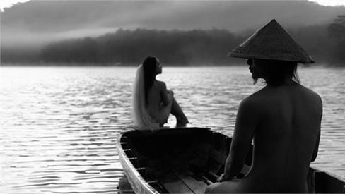 Nam chính trong bộ ảnh khỏa thân 100% cùng bạn gái ở Đà Lạt: 'Chúng tôi nude nhưng bản chất trong sạch'
