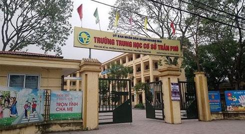 Rúng động: Thầy giáo dạy ôn thi HSG Toán ở Hà Nội nghi xâm hại 7 học sinh nam cấp 2
