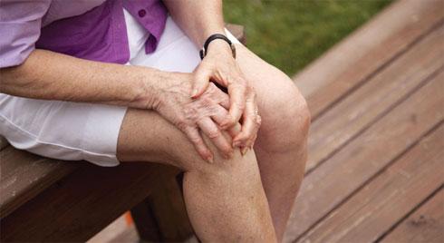 5 bệnh hay gặp ở người cao tuổi và cách ngừa