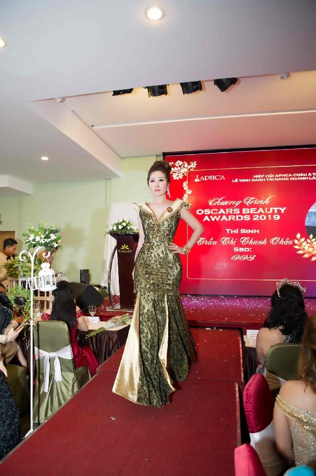 Doanh nhân Trần Thị Thanh Châu đăng quang Nữ hoàng ASEAN tại Oscars Beauty Awards 2019-2