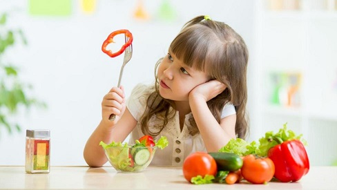 Cách chăm sóc dinh dưỡng hợp lý cho trẻ