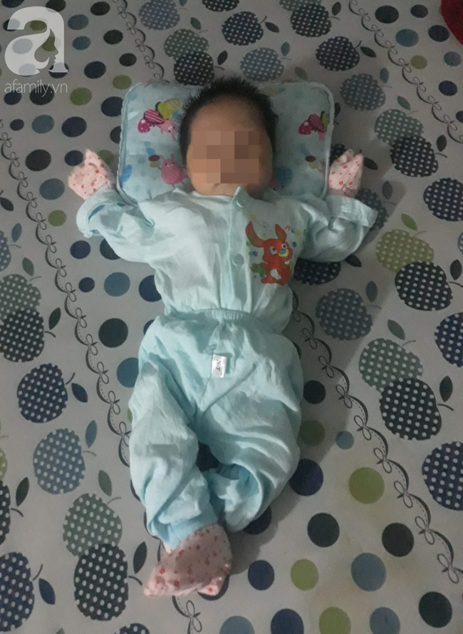 Bé trai 2 tháng tuổi tử vong sau khi tiêm vắc-xin 5 trong 1: Mẹ trẻ khóc ngất, nhịn ăn nhịn uống vì thương nhớ con-4