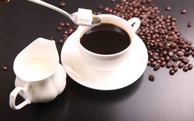 Uống cà phê rất nhiều lợi ích, nhưng thời điểm này thì không nên uống-1