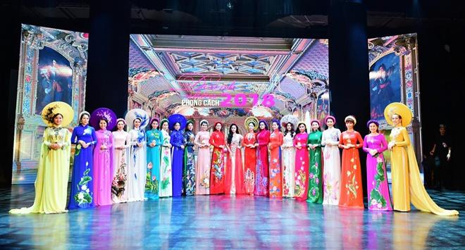 Cộng đồng nữ doanh nhân đằm thắm, rạng ngời với Áo dài Hương Queen-1