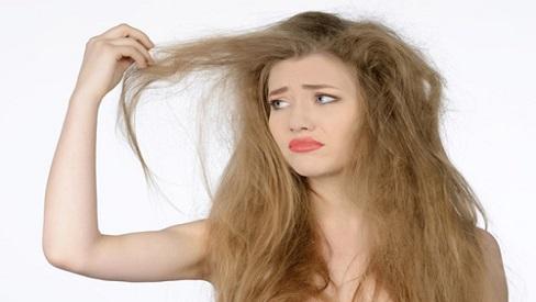 Mách bạn cách khắc phục tóc bị chẻ ngọn