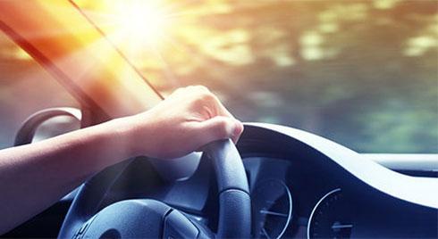Sốc nhiệt điều hoà: cẩn thận khi đi ô tô những ngày nắng này