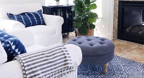 Mùa hè tới rồi, ngại ngần gì mà không thử đem cả biển xanh vào trang trí phòng khách nhà mình cho mát mẻ