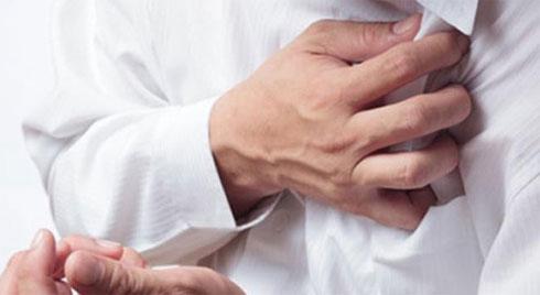 Cựu thủ môn của Real Madrid đột ngột bị nhồi máu cơ tim, hãy lưu ý 8 dấu hiệu của bệnh