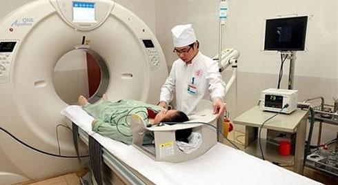 Mới sinh con 1 tháng, nữ bệnh nhân 23 tuổi tử vong sau tiêm thuốc cản quang chụp CT