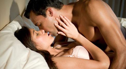 """5 cách khiêu khích """"chuyện ấy"""" khiến chàng mê mẩn, cuồng nhiệt thăng hoa hơn bao giờ hết"""