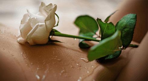 5 điều bạn nên biết về dung dịch vệ sinh phụ nữ
