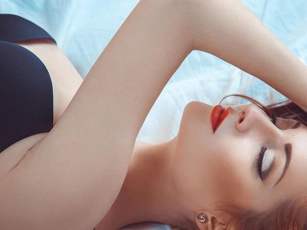 Dấu hiệu nhận biết phụ nữ nhu cầu sinh lý cao trong chuyện chăn gối-1