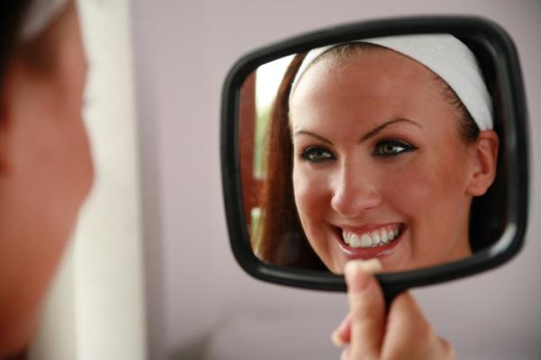 5 điều cần biết trước khi làm trắng răng-1