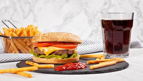 4 sai lầm trong chế độ ăn uống có thể khiến bạn gặp nguy hiểm
