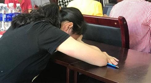 Đánh học sinh nhập viện, cô giáo Hải Phòng vừa khóc vừa xin lỗi