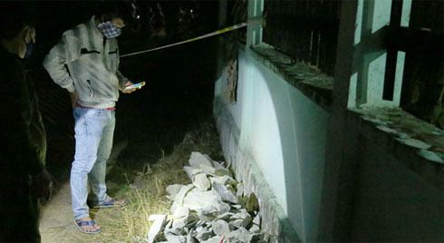 Vụ 2 thi thể trong khối bê tông: Nữ khách thuê nhà mặc đồ ni cô