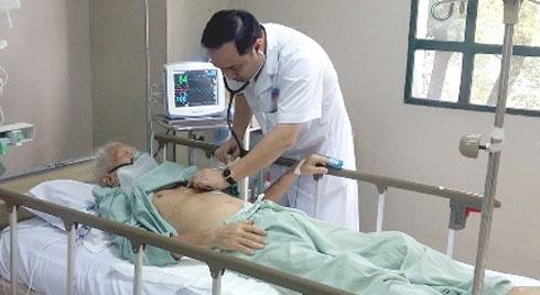 Bệnh nhân 89 tuổi bị truỵ tim được cứu sống , bác sĩ khuyến cáo căn bệnh tiềm ẩn trong người già