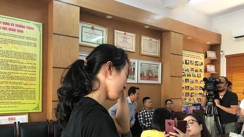 Buộc thôi việc cô giáo đánh nhiều học sinh, xem xét kỷ luật cô chủ nhiệm lớp và Ban Giám hiệu Trường Tiểu học Quán Toan