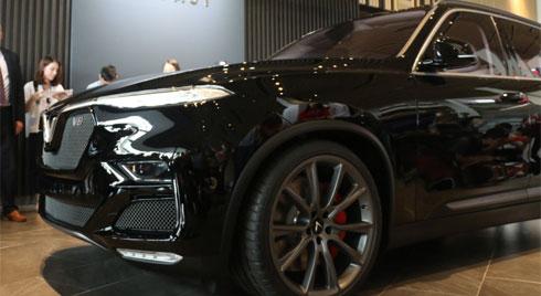 Cận cảnh SUV VinFast V8 tại VN, những ôtô giá rẻ sắp gia nhập thị trường Việt