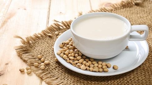 10 lợi ích đối với sức khỏe khi uống sữa đậu nành có thể bạn chưa biết