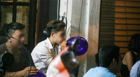 Cấm sử dụng bóng cười tại Hà Nội