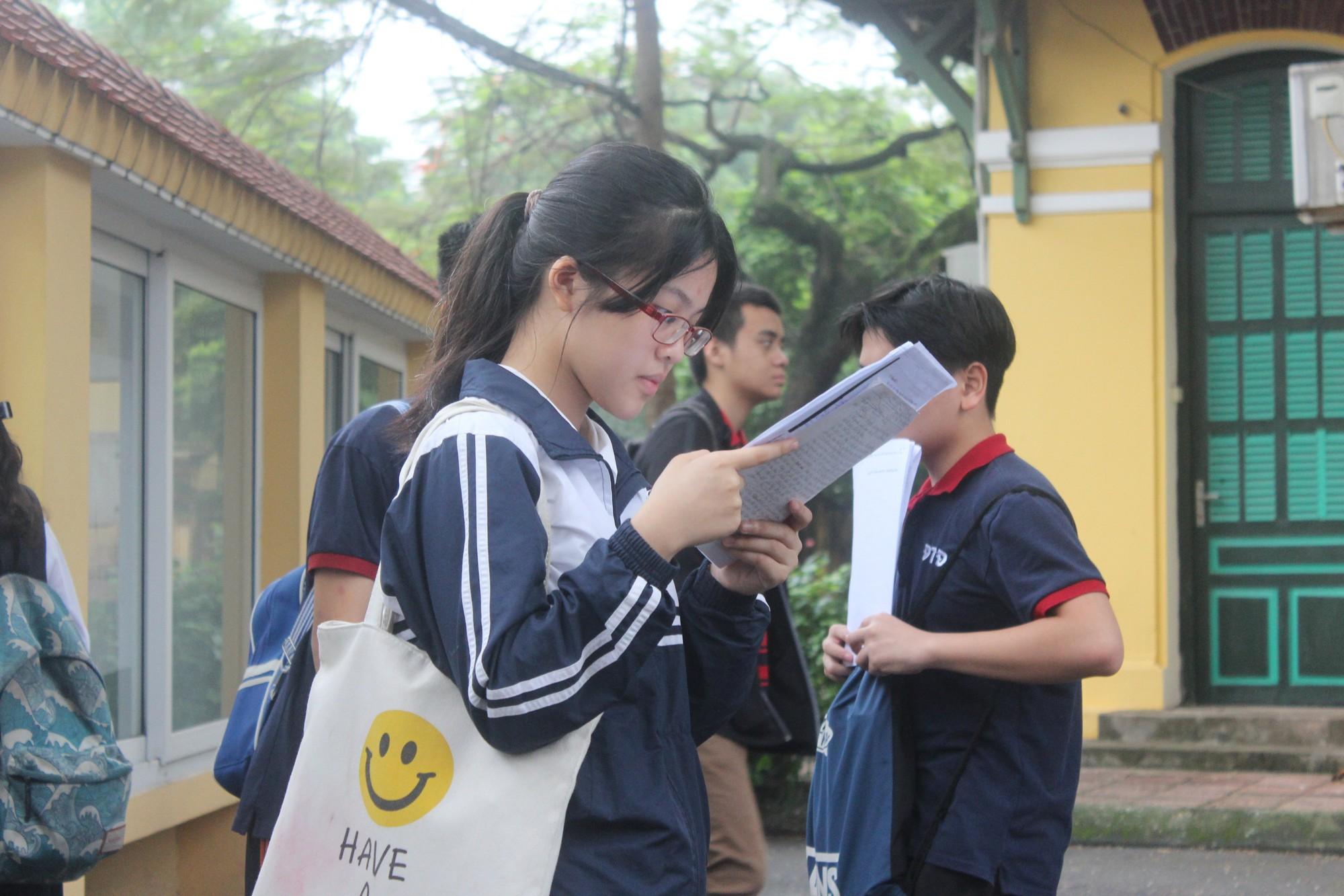 Thi lại lớp 10 ở Quảng Bình: Phụ huynh sẽ kiện nếu kết quả thấp hơn-3