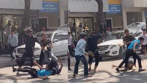 Hàng chục thanh niên hỗn chiến, náo loạn đường phố Sài Gòn